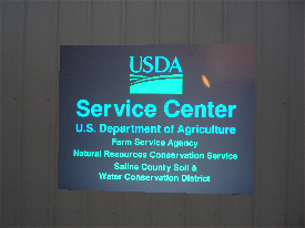 USDA REFLECTIVE SIGN NIGHT TIME.png (91593 bytes)